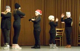 Tanzvorführung_polka2©Oberschule Nienburg (OBS-Z)